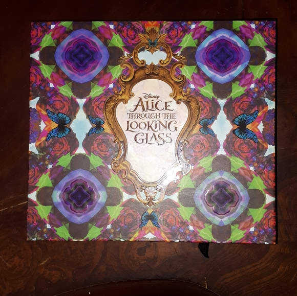 Urban Decay Other - Limited Edition Alice Through The Looking Glass